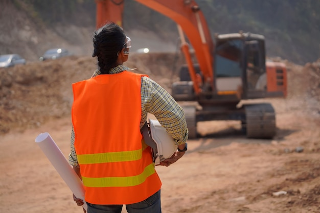 道路建設技術者シャイアのほこりのぼけを眺める、交通開発のコンセプト