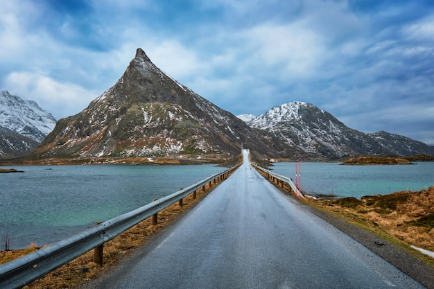 Road in norway in winter