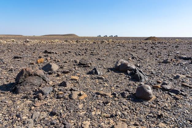 Дорога в хамедела в данакильской впадине в эфиопии в африке.