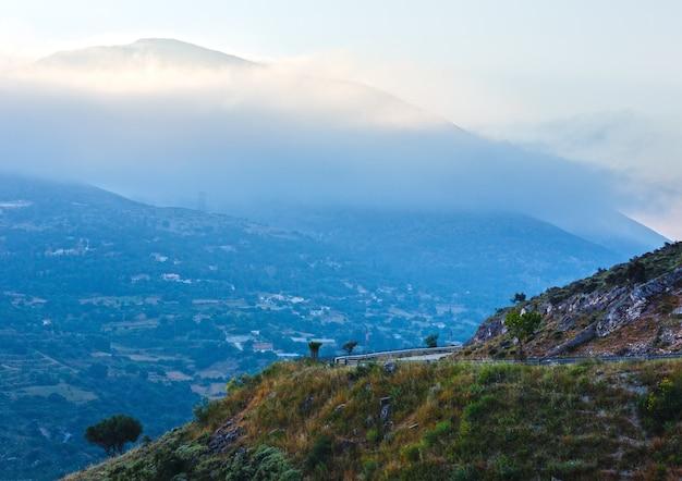 Myrtos 해변으로가는 길. 최고의 아침보기. 그리스, kefalonia.