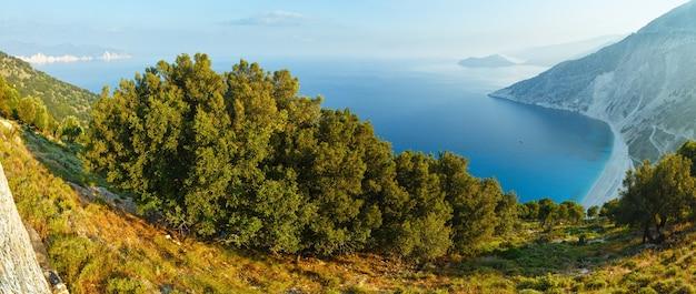 Myrtos 해변으로가는 길. 최고의 아침보기. 파노라마 그리스, kefalonia.