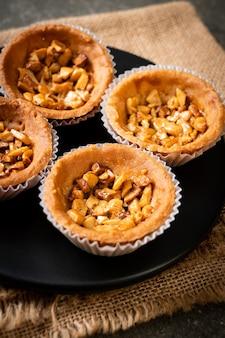 Жареный кешью ореховый пирог