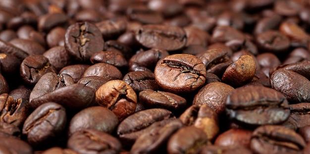 コピースペースとローストコーヒー豆の背景テクスチャ