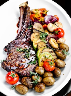 Roasted rib with fried vegetables