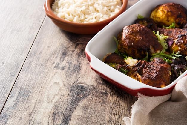 Жареная курица тандури с рисом басмати