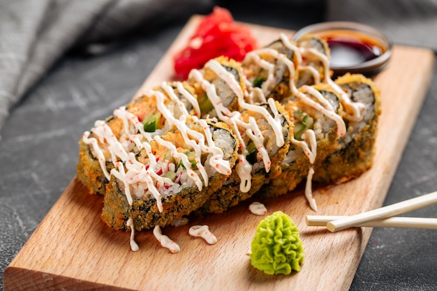 蟹とタレの天ぷら巻き