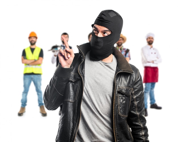Robber pointing up
