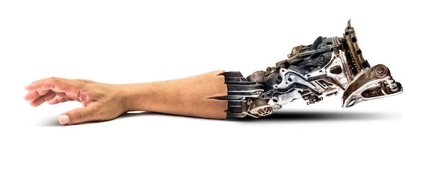 未来の技術の概念のための白い背景の上のロボットアーム内部人間の手