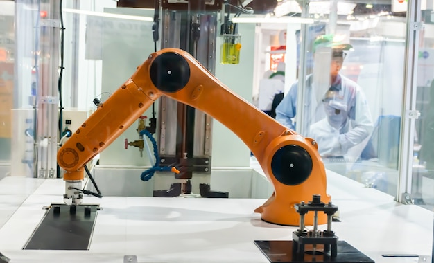 Robot arm working by robots