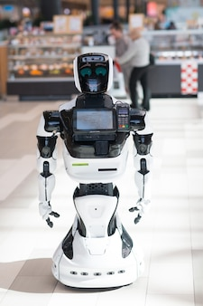 Robot informant in the store