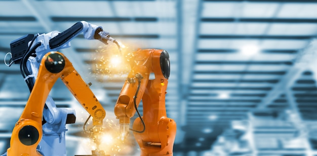 Robots and mechanical arms in industrial plants the technology