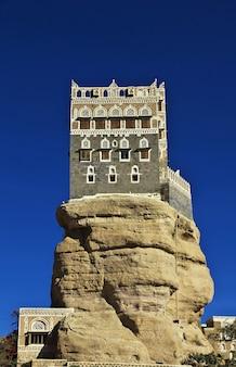 Rock palace in yemen
