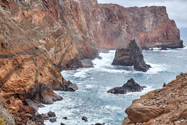마데이라, 포르투갈에서 바위 해안선 폰타 데 상 lourenco