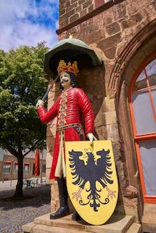 Roland figure in stadt nordhausen rathaus germany