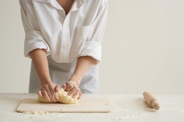 ローリング生地粉製品キッチン小麦粉調理宿題