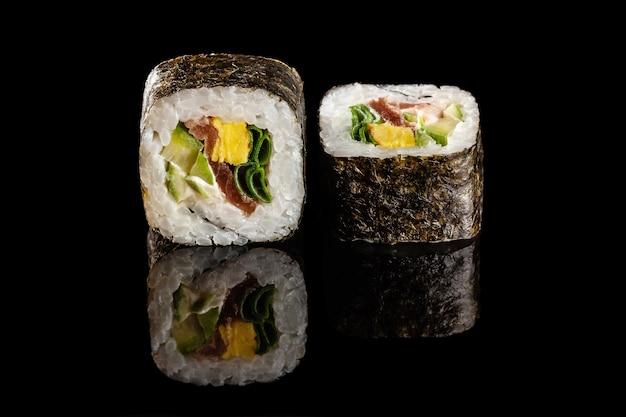 具材の異なる巻き寿司