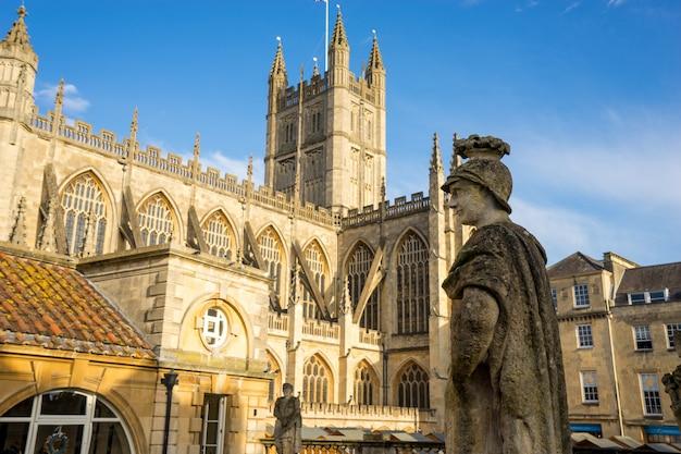 Roman baths & abbey in bath spa city, england