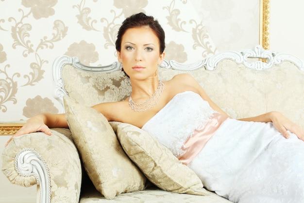 낭만적 인 아름다움 초상-젊은 패션 모델