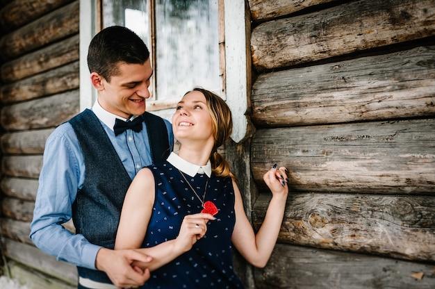 バレンタインデーのロマンチックなカップル