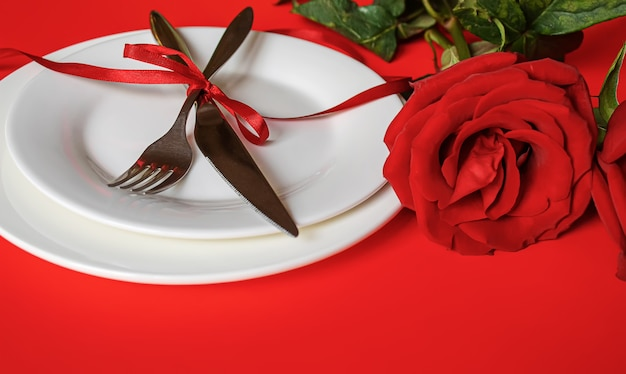 最愛の人のためのロマンチックなディナー。セレクティブfocus.holiday