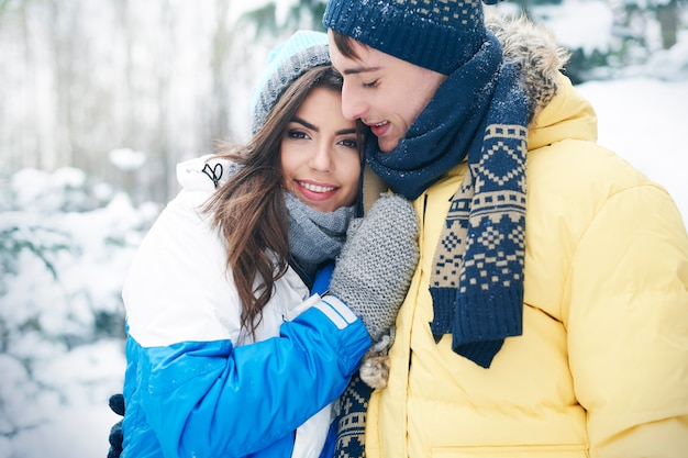 Momento romantico in una giornata invernale