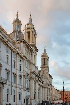 ナヴォーナ広場のアゴーネにあるローマイタリアサンタンニェーゼ