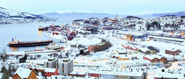 Narvikノルウェーのron ore mine工場工場