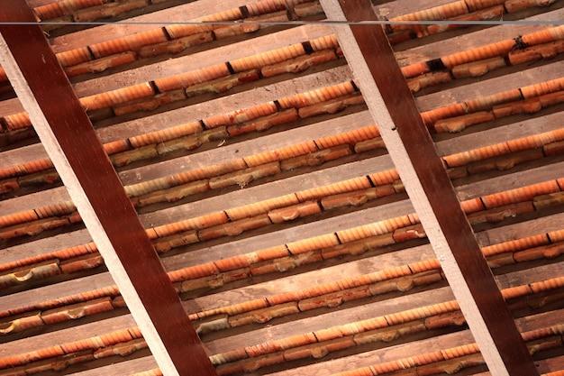 Roof beams