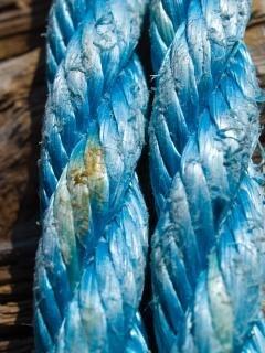 ロープの端