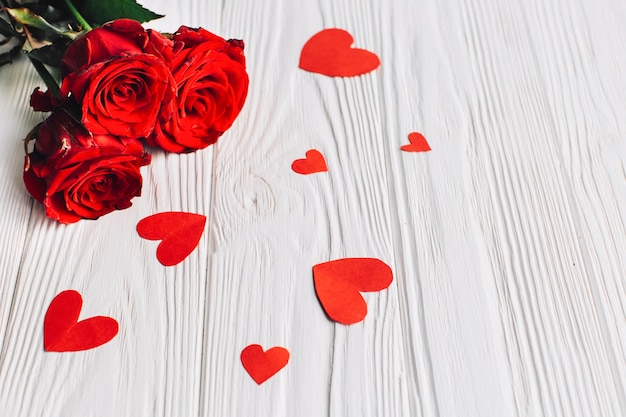 Rose bouquet and hearts Free Photo