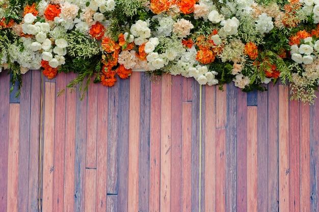 バラの花の背景、カラフルな背景、新鮮なバラ、花の束