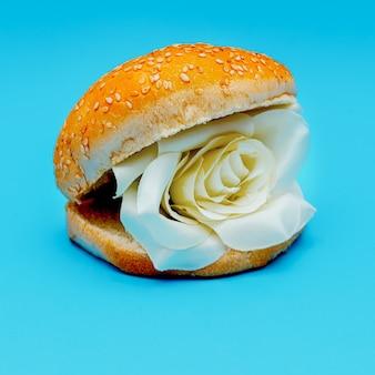 Розы бургер сюрреалистическая мода искусство