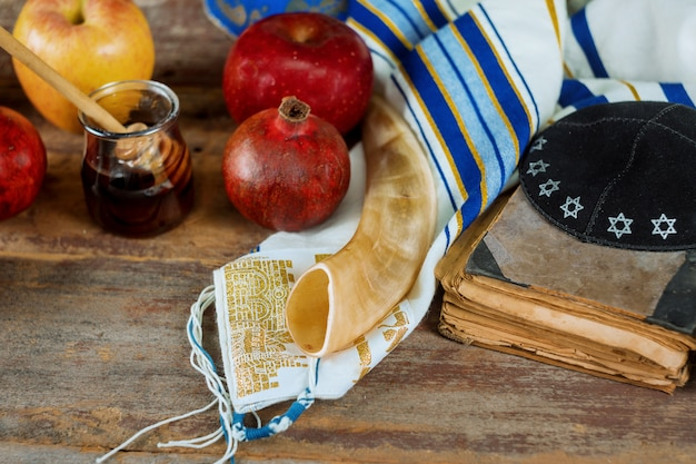 Rosh hashanah jewish new year holiday concept. selective soft focus