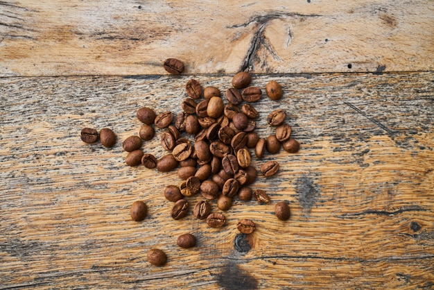 Rosted coffee beans on a table
