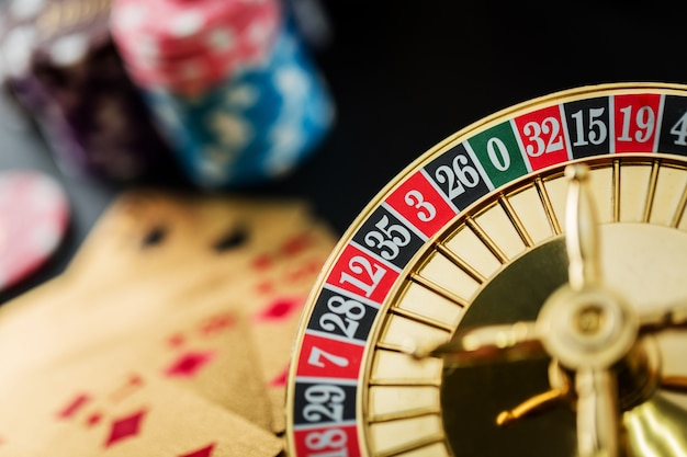 Roulette wheel gambling in a casino table