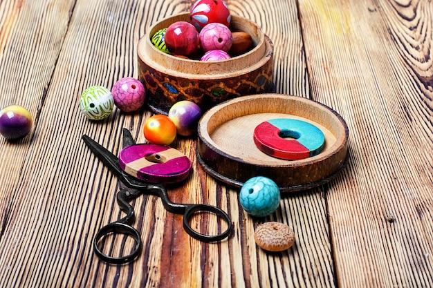 Round beads for needlework