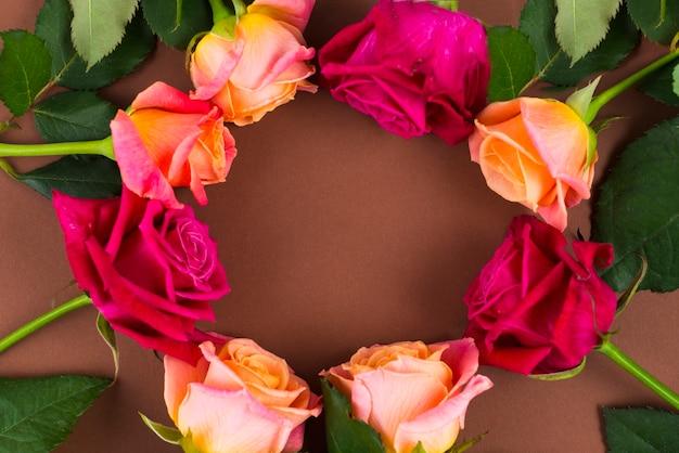 Round blooming rose frame
