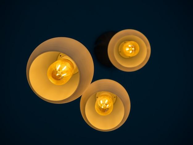 Круглые современные светильники, свисающие с потолка