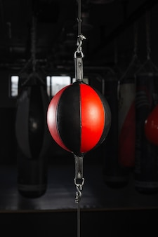 Груша боксерская круглая в боксерском зале