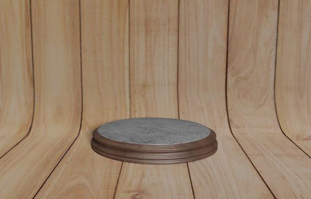 Круглый деревянный поддон пустой круглый деревянный поддон с коричневым изогнутым деревянным фоном