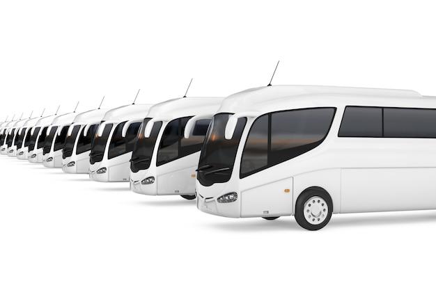 白い背景の上の大きな白いコーチツアーバスの列。 3dレンダリング