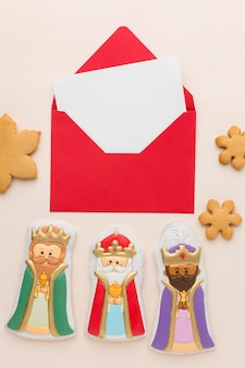 Royalty biscuit edible figurines flat lay