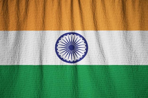 Макрофотография ruffled india flag, индия флаг, дующий в ветру