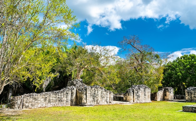 Ruins of the ancient mayan city of kohunlich in quintana roo, mexico