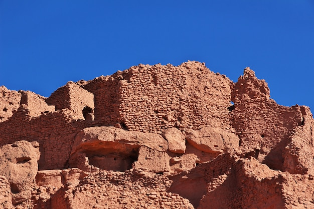 Ruins of fortress in timimun abandoned city in sahara desert