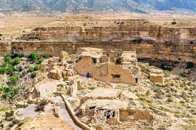 알제리, 북아프리카의 ghoufi canyon에있는 berber 집 유적