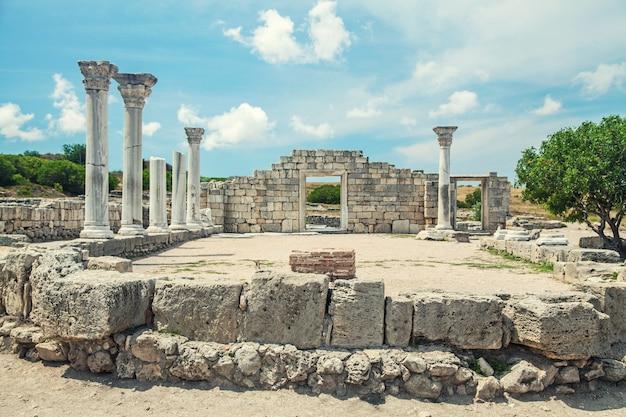 Руины древнего города херсонес в севастополе в крыму