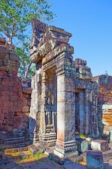 앙코르, 캄보디아의 고대 문 유적