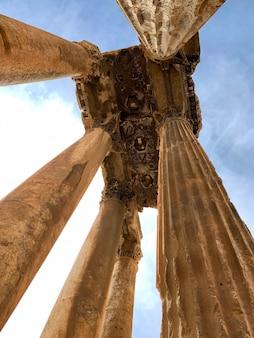 ジュピター寺院、バールベック、レバノンの遺跡 Premium写真