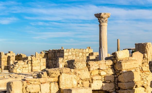 Руины куриона, древнегреческого города на кипре